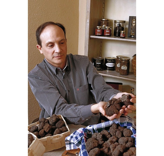 "El Periodico: ""Each truffle is different, unique"""